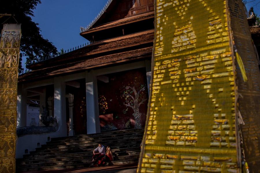 Dhara Dhevi Chiang Mai pre-wedding photoshoot